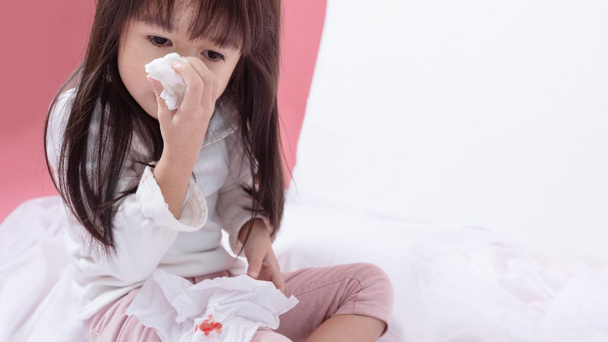 鼻血 血 の 塊 レバー
