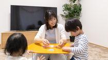 子どもが遊びやすいテーブルとは。子どもに合うテーブル選びのポイント