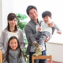 お揃いでの家族写真の撮りかた。服やポーズなどお揃いにできるもの