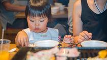 1歳の子どもは焼肉を食べられる?焼肉を食べるときに気をつけること