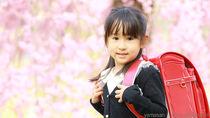 女の子の入学式の髪型。ミディアムヘアのアレンジ