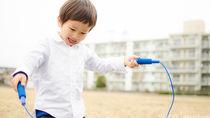 子どもが縄跳びを始めるときの練習の仕方やあやとびなどのコツ