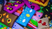 幼稚園に持っていく筆箱。手作り方法や選ぶポイントとは