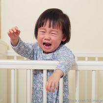 寝る前に子どもがぐずる。3ヶ月の赤ちゃんから6歳の子どもへの対処
