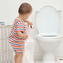 女の子のトイレトレーニングの始め方。上手に楽しく進めるには