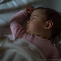 夜間断乳とは。夜間断乳を始める目安やコツ