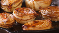 野菜を使った付け合わせの簡単レシピ。グリル・ソテーなど種類や味付け