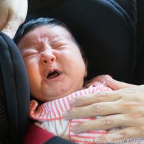 【体験談】チャイルドシートに座ると赤ちゃんがぐずる。対応の仕方について