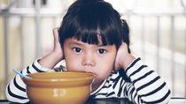 イヤイヤ期の子どもの対応に役立つ絵本の読み聞かせ