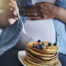 妊娠中の体重増加に正解はあるのか。医師に聞く、リスクや管理方法