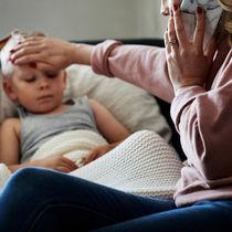 小児科への受診控えが招くリスク。受診時の感染対策や病院選び