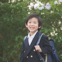 子どものお受験。幼稚園・小学校・中学校それぞれの受験の特徴や費用、試験や面接時の服装