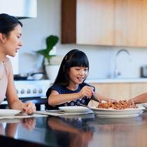 慌ただしい夜に簡単調理!本格的な味が楽しめる冷凍食品5選