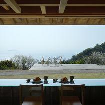 隈研吾氏設計のカフェで貸切朝食が楽しめる宿泊プランを販売