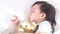 赤ちゃんの絵本の読み聞かせはいつから?寝る前や寝かしつけの読み聞かせのメリット