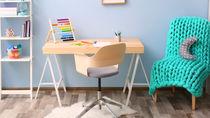 子ども用学習机の選び方。種類や特徴とメリットは