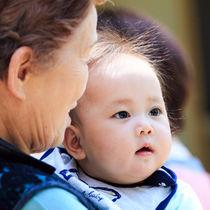 子育てと介護の両立の難しさとは。ママたちに聞く、仕事を続けながらの対処法