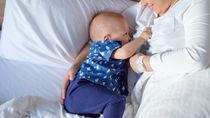 【体験談】産後、仕事復帰しても母乳を続ける?ママたちの意見を調査