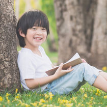伸ばす子育て①小さい頃に何かに没頭する時間が、子どもの集中力を育む
