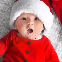 赤ちゃんとのクリスマス。過ごし方や人気の衣装とプレゼント