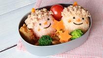 節分の幼稚園のお弁当。かわいい恵方巻きや海苔巻きなどのアレンジ法