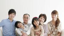 祖父母と孫の関係を円滑にするコミュニケーション。会話のきっかけや呼び方は?