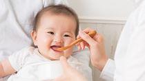 0歳の赤ちゃんや1歳の幼児からできる、食事のしつけの方法とは