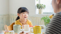 15分でできる子どもの朝食レシピ。忙しいママたちの朝の工夫とは?