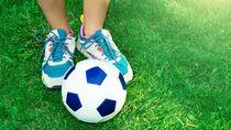 サッカーの習い事のメリットや教室の選び方、幼児はいつから始める?