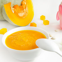 離乳食初期のかぼちゃの進め方は?ママたちの工夫やブレンダーの活用方法