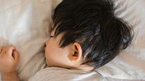 2歳半の夜泣きの原因は?ママたちにきく、対策方法と乗り越えかた