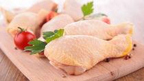 離乳食中期の鶏肉のレシピや、ひき肉を使った手づかみ食べのアレンジ方法