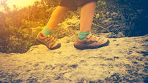 子どもの登山にトレッキングシューズは必要?使用するメリットや選び方