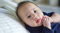 生後6カ月の赤ちゃんの遊び方。親子で楽しめる遊びとおもちゃや遊び場
