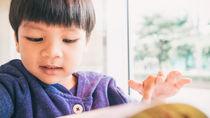 4歳の男の子へのおもちゃ以外のプレゼント。1000円以下の交換用から絵本や本など