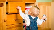 洋服などのタンスの掃除方法。手順やあると便利なお掃除道具