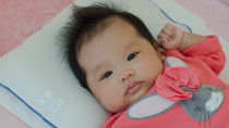 新生児の枕の選び方。タオルを使う場合の折り方や使い方で気をつけたいこと