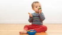 離乳食後期の野菜スティックの調理方法。手づかみ食べしやすい野菜や調理の工夫