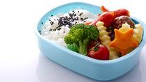幼稚園のお弁当をかわいく作るポイント。キャラ弁以外のレシピや便利なグッズなど