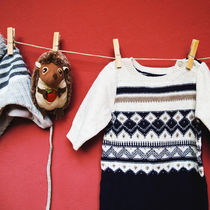 生後8カ月の女の子が秋に着るセパレートの服装。洋服の種類や小物について