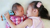 新生児の赤ちゃんが泣き止む方法。泣き止む曲や音楽、アプリなどのグッズ