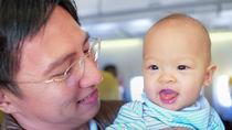 生後6カ月の赤ちゃんとの新幹線、電車や飛行機などの旅行に、おすすめの持ち物は