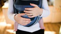 便利な抱っこ紐。生後3ヶ月の赤ちゃんに適した抱っこ紐のタイプと選び方とは