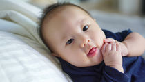 生後6ヶ月の赤ちゃんのお昼寝。短い、すぐ起きる、昼寝しすぎなどの悩みと寝かしつけ方
