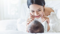 出産祝いにハンドクリームやスキンケア用品を。赤ちゃんにも使えるボディクリームなど
