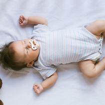 いつからパジャマは必要?生後3ヶ月から使える春夏秋冬に合わせたパジャマ選び