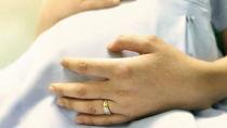 妊娠中に指輪がきついと感じたらいつから外す?指輪の管理方法と抜けないときの対処法