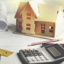 住宅を購入するときの夫婦間の贈与について。贈与税がかかる場合や知っておきたいこと