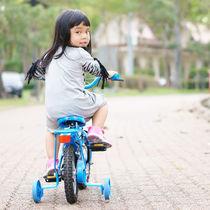 子どもの自転車。補助輪なしはいつから?練習のコツやママたちが気をつけたこと