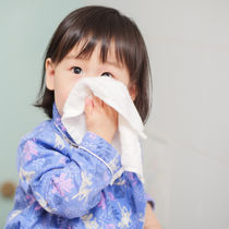 【耳鼻科医監修】スイミングで副鼻腔炎は悪化するの?主な症状と治療中の注意点